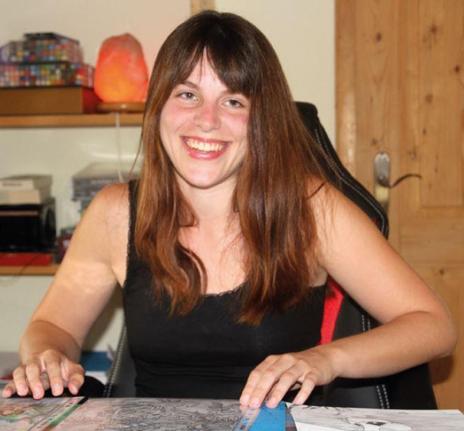 Illustratorin Nadine Drexler in ihrem Arbeitszimmer