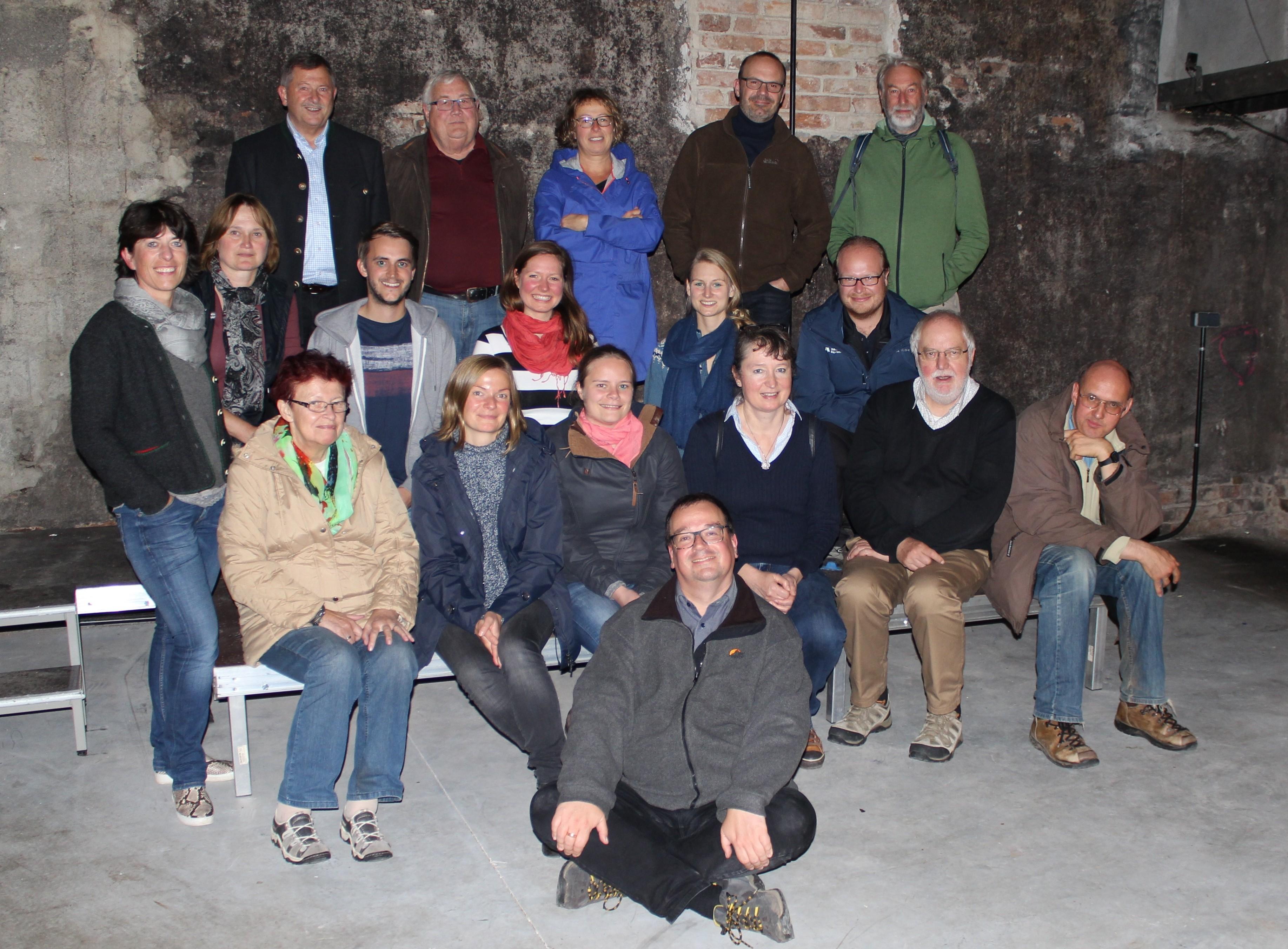 Nach einer Führung durch die Zwieseler Dampfbierbrauerei stellte sich die Expertengruppe zum gemeinsamen Erinnerungsfoto auf (Foto: Nationalpark Bayerischer Wald)